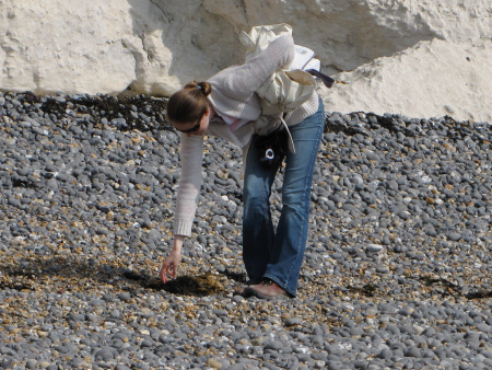 Lucinda Shepherd fossil hunting at Dover