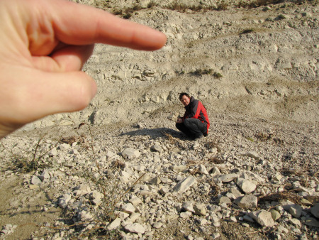 Recording the position of a fossil using a photo